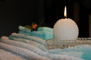 candle-e135b60d2c_640